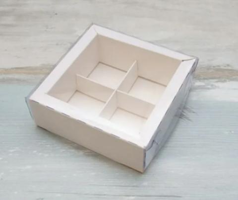 Коробка на 4 конфеты белая, 11,5*11,5*3см