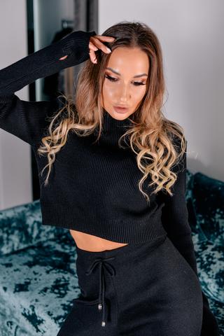 Черный вязаный спортивный костюм Nadya