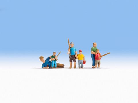Рыбаки (6 человек с предметами)