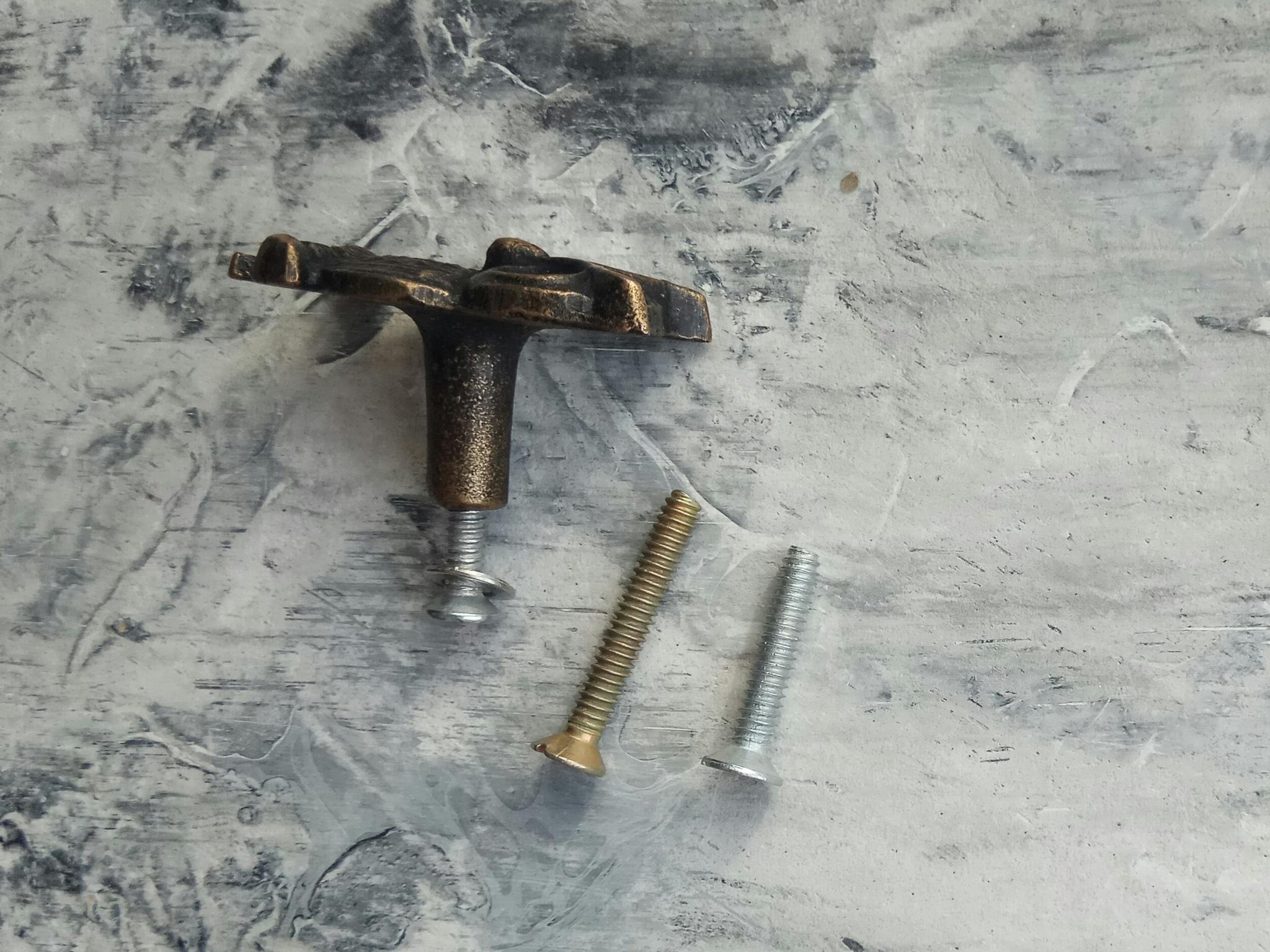 Ручка мебельная металлическая - сова на ветке, арт. 000826