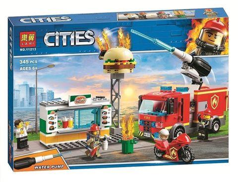 Сити 11213 Пожар в бургер-кафе 345 дет Конструктор