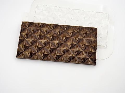 Пластиковая форма для шоколада ср. ПЛИТКА ИНФЛЕКСИЯ 85х170мм