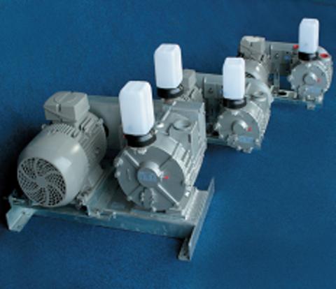 90080381 Насос вакуумный SACCO 1600 (1350 л/мин) на стеновом кронштейне, эл.двиг. 3х400 В / 3,0 кВт