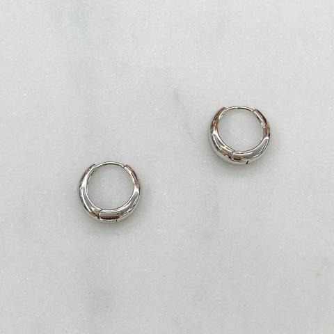 Серьги мини-конго объемные 1 см (серебристый)