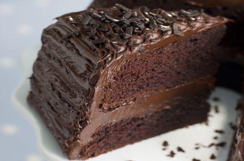 Кусок безглютенового шоколадного торта