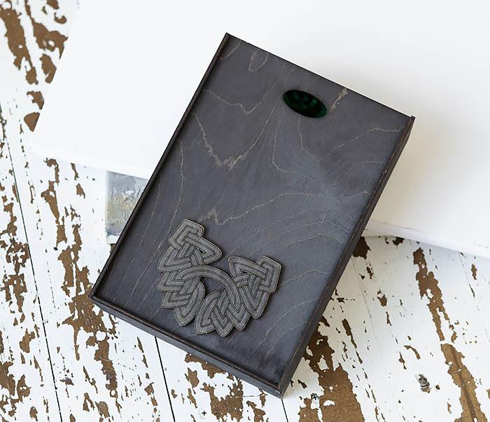 BOX230-1 Фирменная подарочная коробка с логотипом (18*26*7,5 см) фото 02