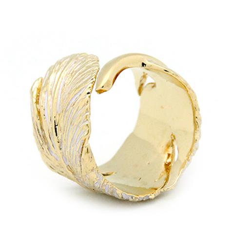 Кольцо Перо (золотое с белым)