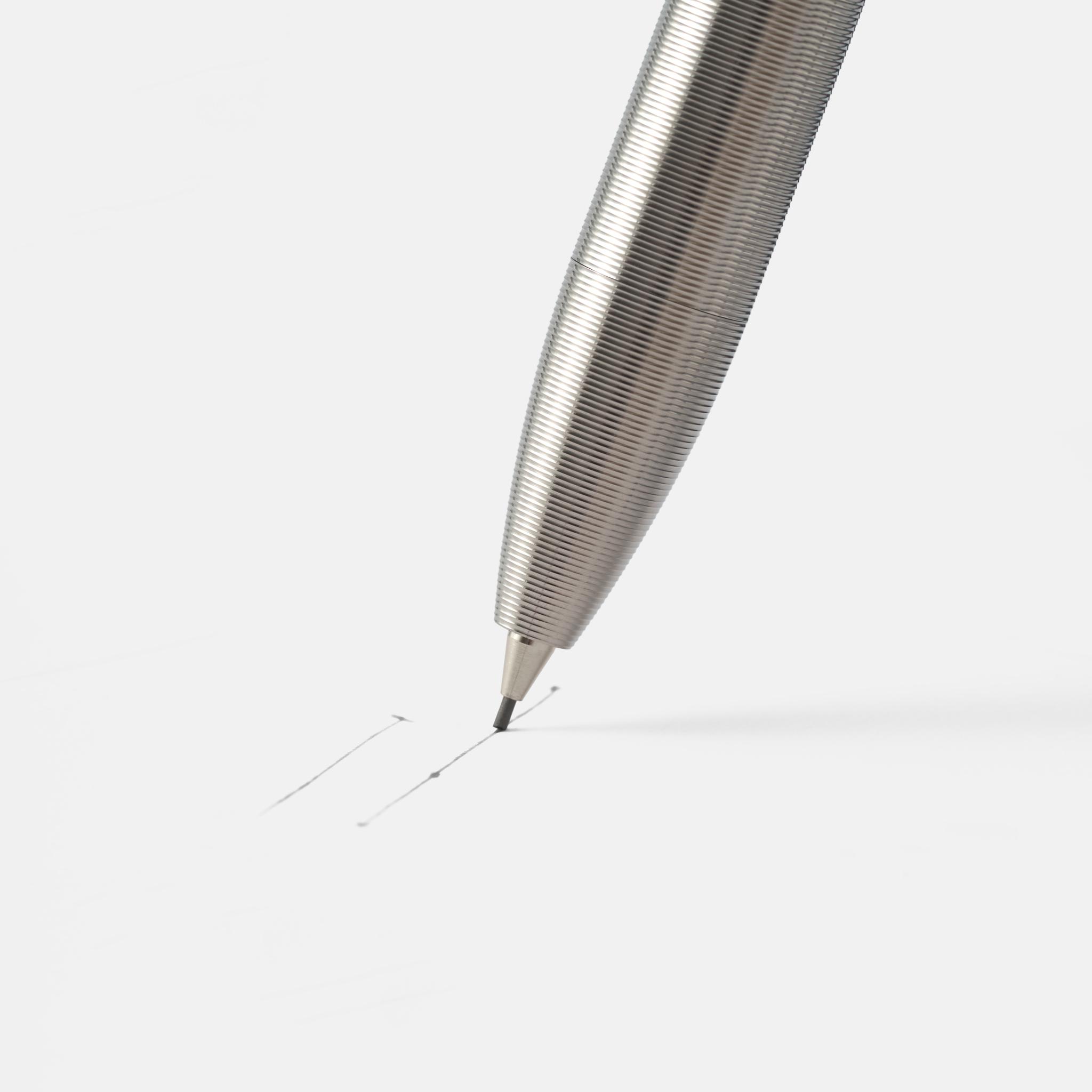 Tactile Turn Pencil Titanium — карандаш из титана