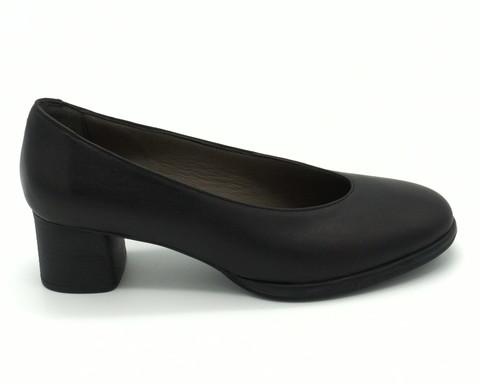 Туфли из натуральной кожи на устойчивом каблуке