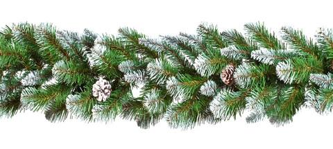 TRIUMPH TREE хвойная гирлянда Императрица заснеженная с шишками
