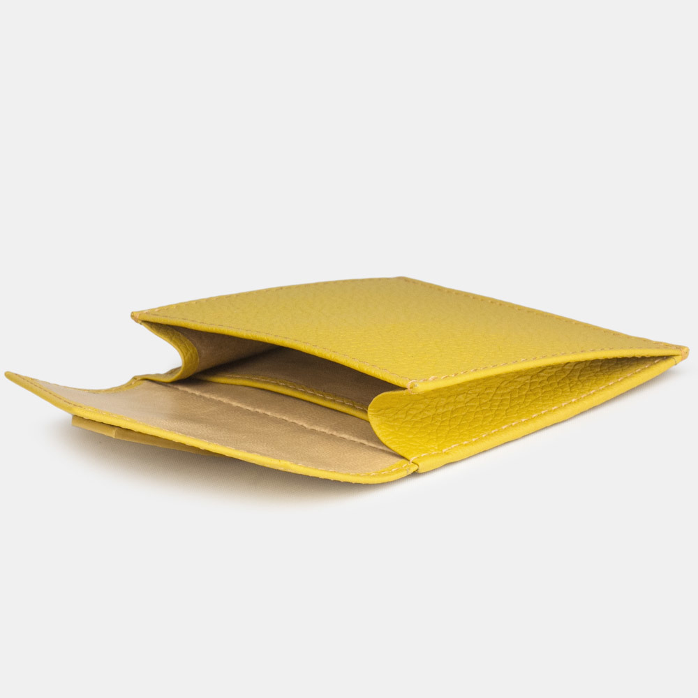 Картхолдер-кошелек Perle Easy из натуральной кожи теленка, желтого цвета