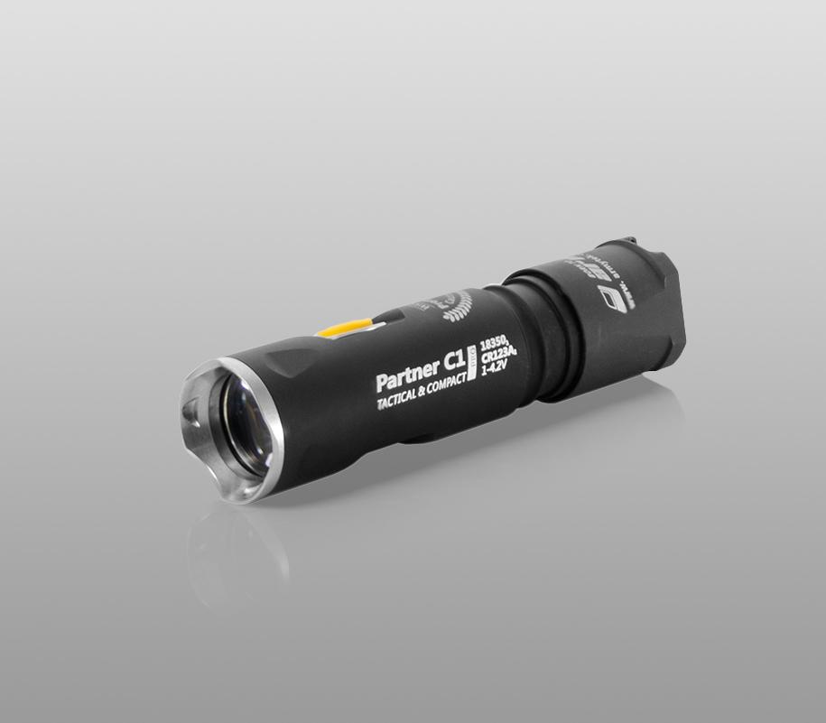 Тактический фонарь Armytek Partner C1 Pro (тёплый свет) - фото 1