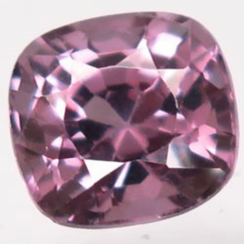 Шпинель розовая 2 карата кушон 7,4х7 мм