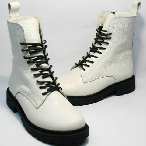 Женские зимние ботинки на шнуровке. Кожаные ботинки с мехом. Белые ботинки под мартинсы Ari Andano Milk Black
