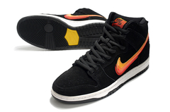 Nike SB Dunk High 'Black/Orange'