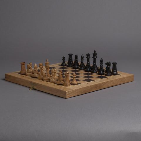 Шахматы на раскладной доске «Стаунтон» - светлый дуб / мореный дуб