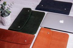 Коричневый кожаный чехол Gmakin для MacBook на кнопках