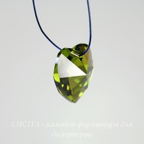 6202/6228 Подвеска Сваровски Сердечко Olivine AB (14,4х14 мм) ()