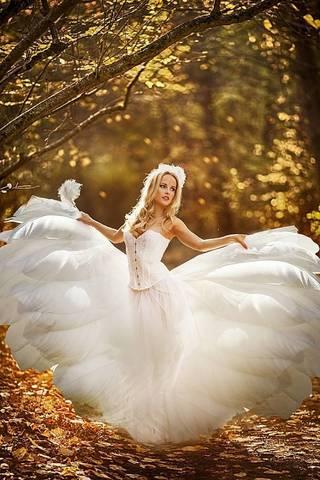 Алмазная Мозаика 40x50 Красивая девушка в белом платье (арт. HWA3266 )