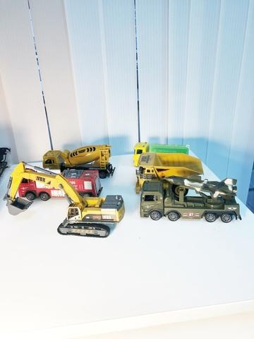 Набор из 6 машин - моделек