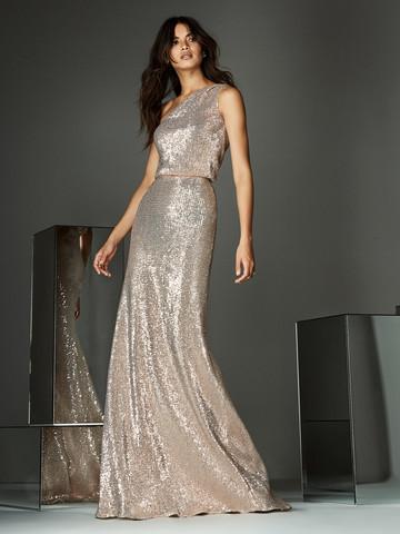 Вечернее платье классическое с асимметричным вырезом
