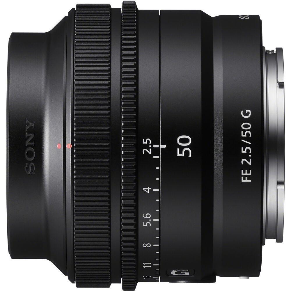 Sony FE 50mm F2.5 G это лёгкий и компактный объектив для камер Alpha