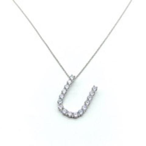 Кулон буква «U» из серебра с цирконами бриллиантовой огранки