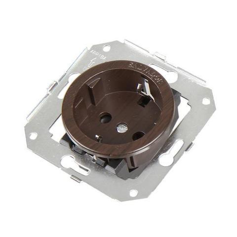 Розетка с заземлением и шторками для внутреннего монтажа. Цвет Венге. Salvador. CL12WG
