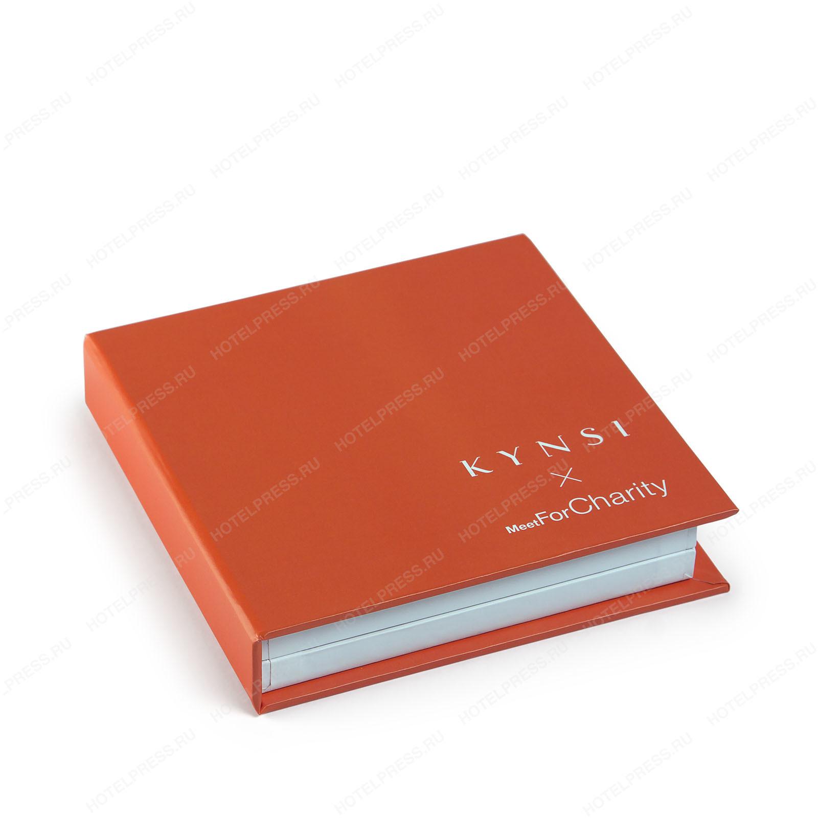 Коробка - каталог образцов ногтей для салона красоты