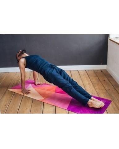 Коврик для йоги Triangles 183*61*0,3 см из микрофибры и каучука