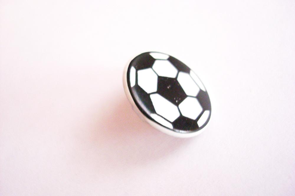 Брадс «Футбольный мяч»