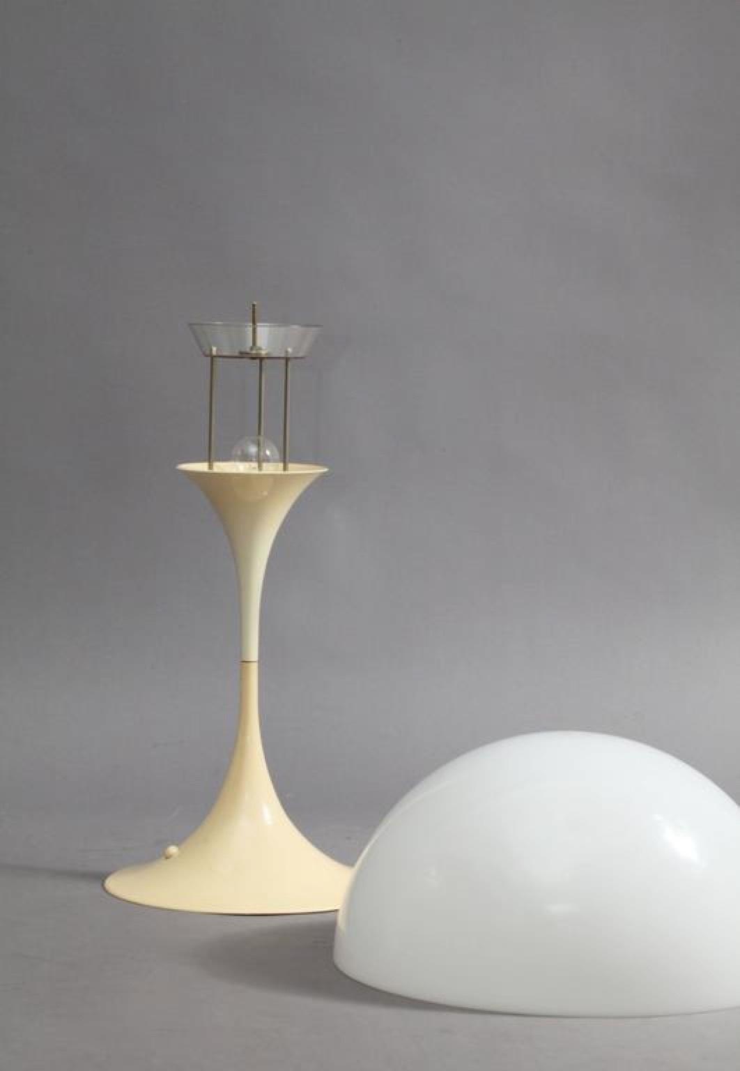 Настольный светильник копия Panthella by Verpan Panton (салатовый)