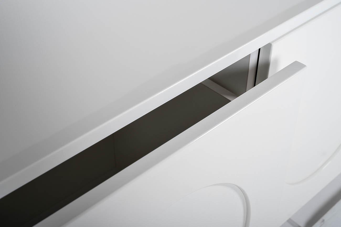 GD-TV004 Тумба под телевизор серии GardaDecor 60*200*45см белая