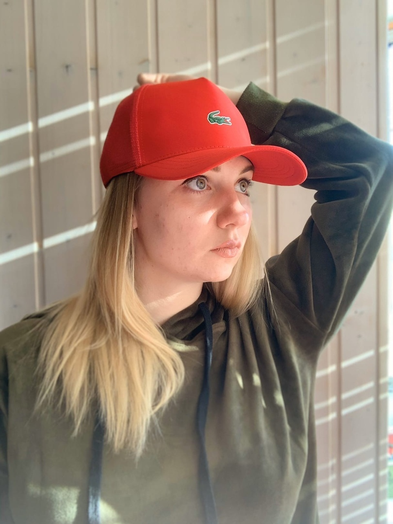 Кепка Lacoste 286108red