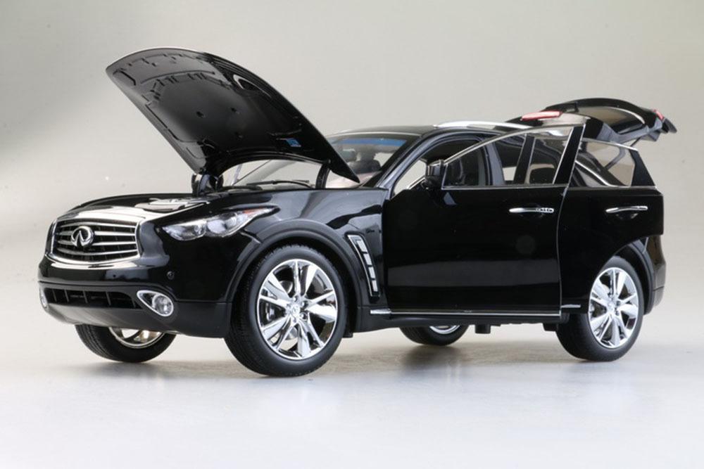 Коллекционная модель INFINITI QX70 (FX50) 2018 BLACK
