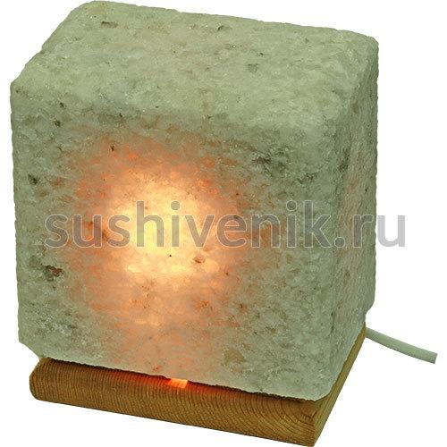 Соляная лампа из Каменной соли на деревянной подставке