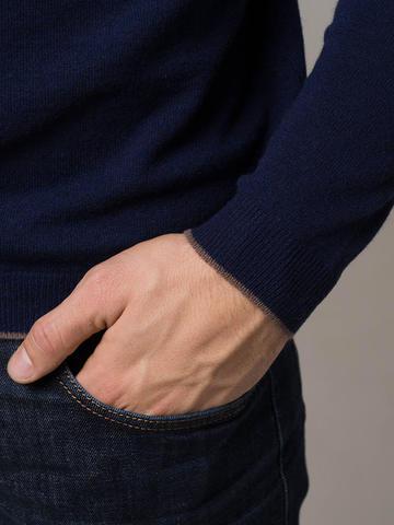 Мужской джемпер темно-синего цвета из 100% кашемира - фото 3