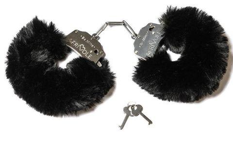 Дерзкие наручники с пушистым черным мехом