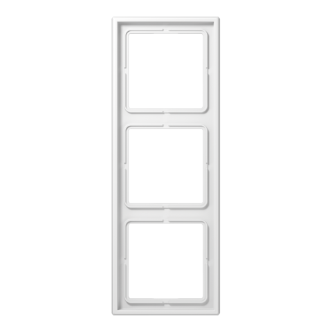 Рамка на 3 поста. Цвет Белый. JUNG LS 990. LS983WW