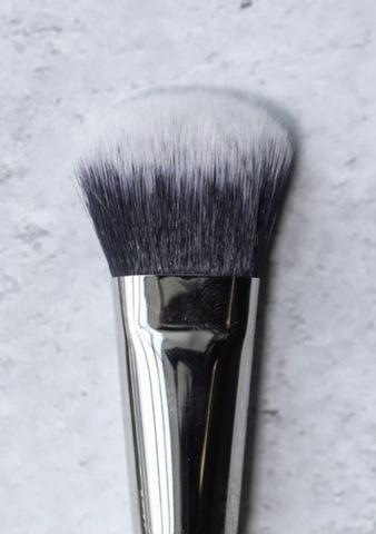 Кисть для нанесения тональных средств T21 Piminova Brushes