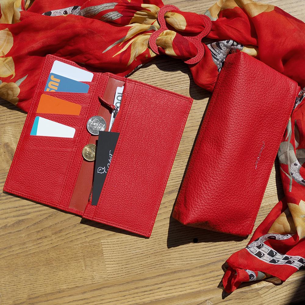 Женская косметичка Flocon Easy из натуральной кожи теленка, красного цвета