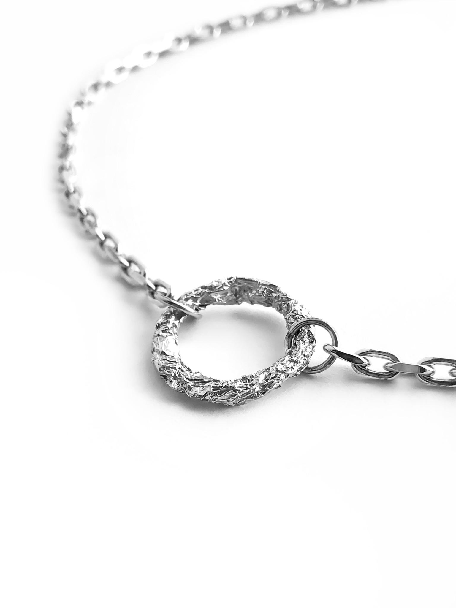 Серебряное колье-чокер с кольцом