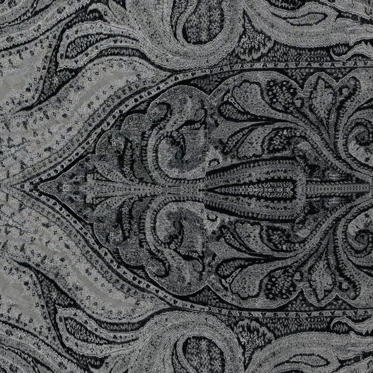 Купон шёлкового крепдешина в сером цвете с графикой