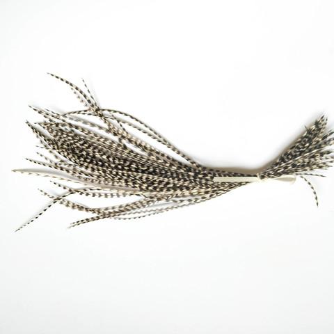 Перья петуха в волосы 20-25 см. 50 шт. (натуральный серый)