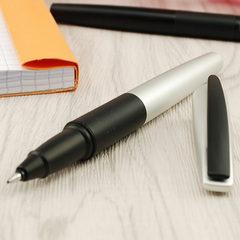 Роллер Tombow Zoom 535 Silver Black