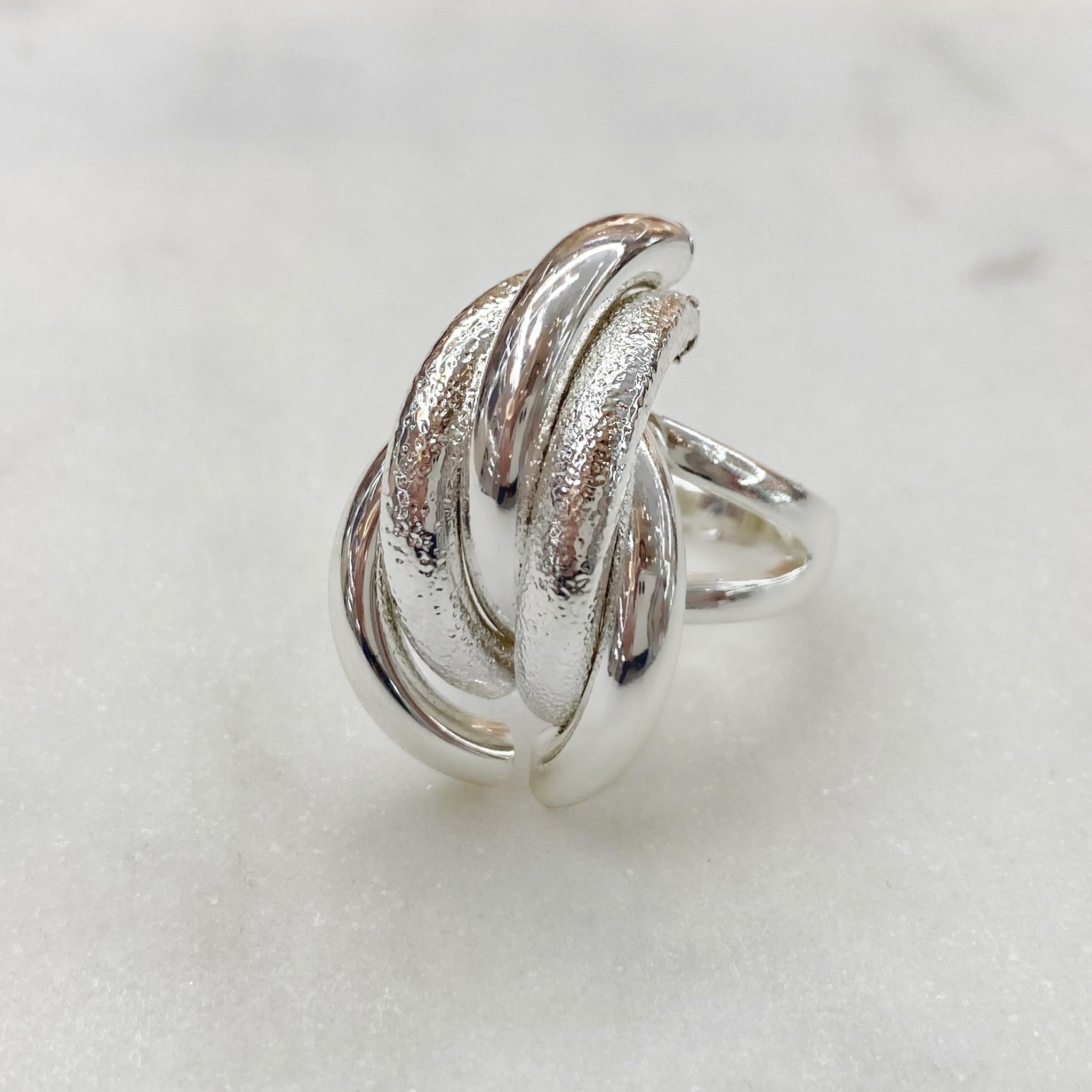 Кольцо Vi полукруги нахлест серебро