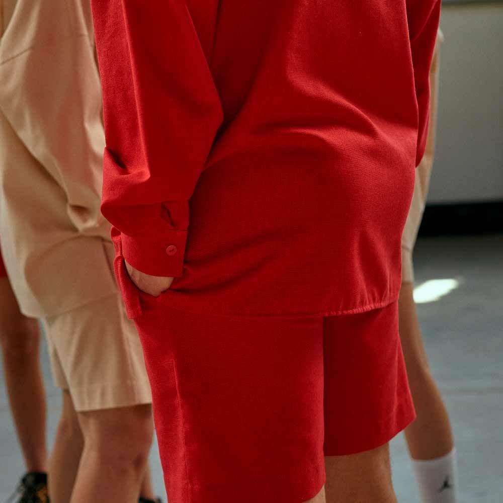 Підлітковий костюм з льону з шортами для хлопчика в червоному кольорі