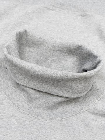Водолазка цвета серый меланж