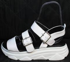 Массивные сандалии на толстой подошве женские Evromoda 3078-107 Sport White