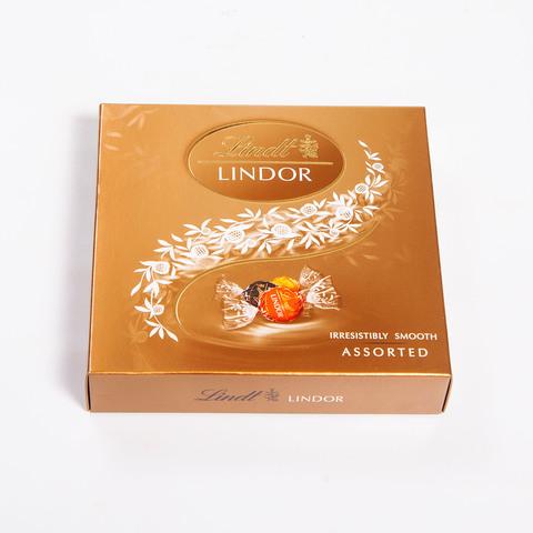 Ассорти конфет Lindt Lindor горький/молочный шоколад, 125 гр